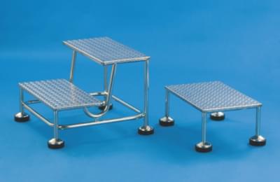 Dvojschůdek s nerezovými stupni, výška 2 × 20 cm, pojízdný