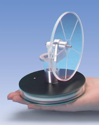 Nízkoteplotní Stirlingův motor