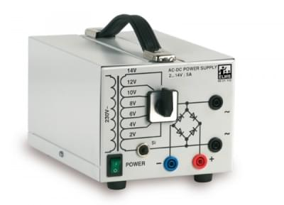 Transformátor s usměrňovačem (230 V, 50 / 60 Hz)