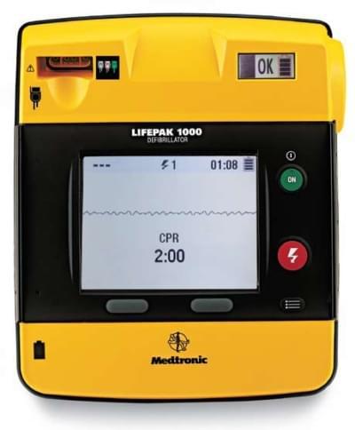 LIFEPAK 1000 so zobrazením EKG - kompletná zostava