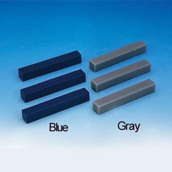 Voskové bloky na modelovanie zubov (15 × 15 × 100 mm), sada piatich blokov, modré