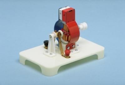5276 - Malý elektromotor
