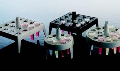 Stojan na mikroskúmavky, PP, plávajúci, štvorcový, biely