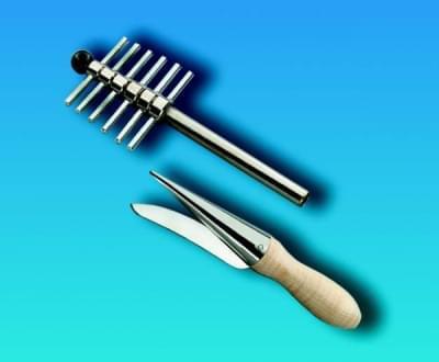 Korkovrt - sada rúrkových nerez. nožov na vŕtanie otvorov do korku a gumy, 12 nožov