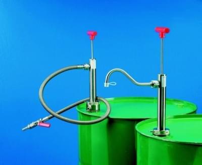 Čerpadlo sudové z nerezu pre hor. látky, ohybná výp. hadice, dĺžka ponor. rúrky 360 mm