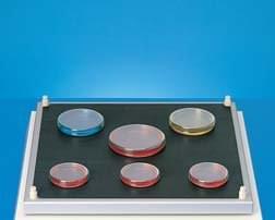 GFL 3965 - Protiskluzová gumová podložka pro Petriho misky (420 × 420 mm)