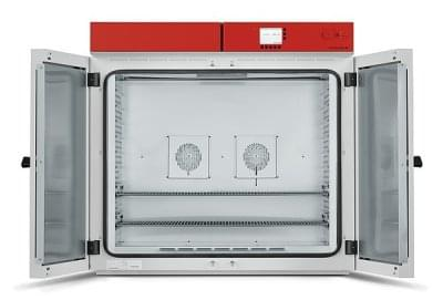 M400 - Materiálová testovacie komora o objeme 400l s nútenou cirkuláciou a programovateľnú reguláciou, BINDER